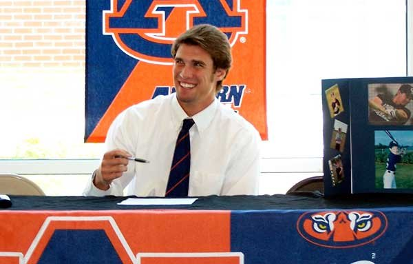Dahl accepts scholarship to Auburn University