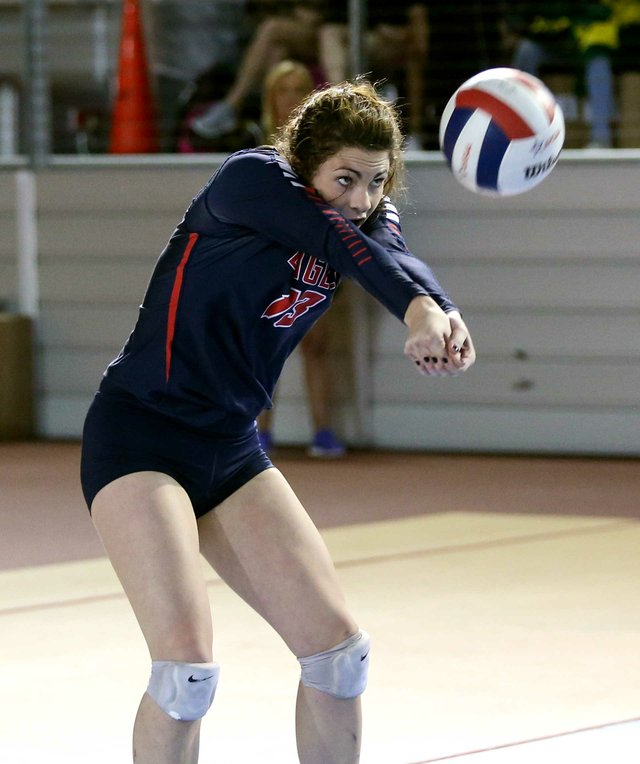 280-SPORTS---OakMnt-Volleyball.jpg
