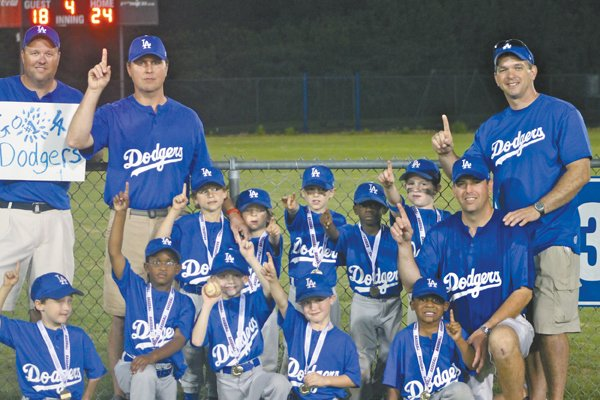 0812 Hoover Dodgers tee-ball