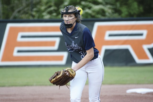 280-SPORTS---OMHS-Softball_KMP_050516_AbbyJones3.jpg