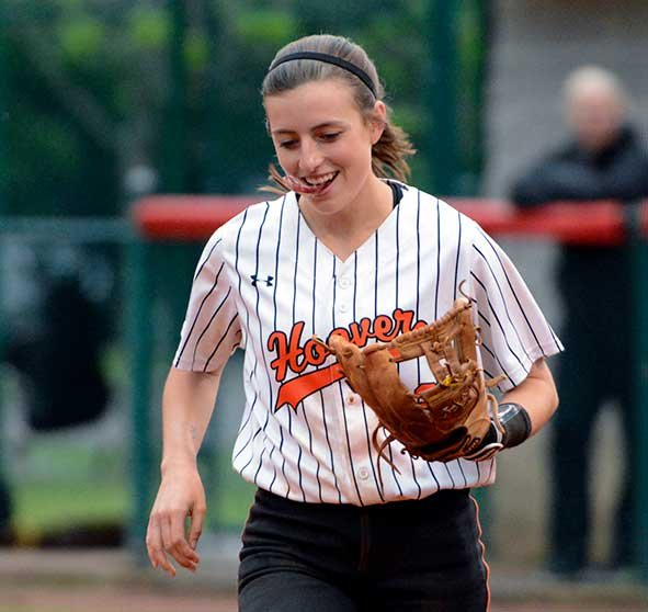 280-SPORTS-Softball-Scholarship-CarolineHart2.jpg