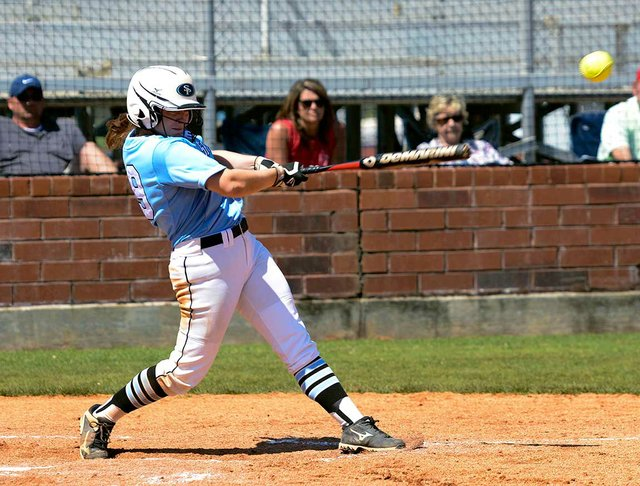 280-SPORTS-Softball-Scholarship-CarolineParker1.jpg