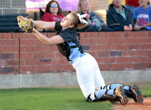 280-SPORTS-Softball-Scholarship-MaryKateTeague.jpg