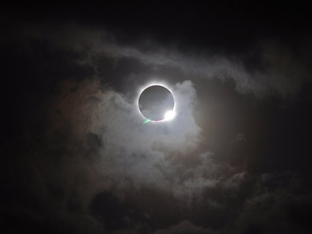 280-EVENT-solar-eclipse-party.jpg