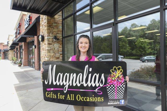 280 BIZ - Magnolias.jpg
