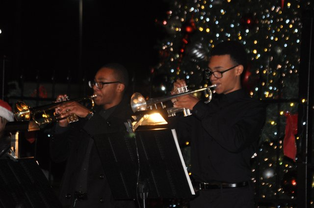 Hoover Christmas tree lighting 2017-32