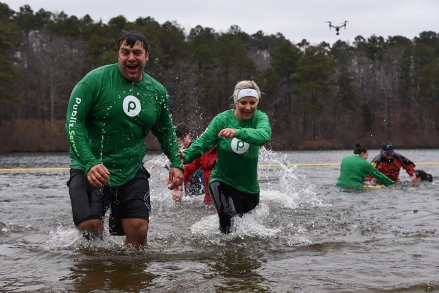 280 PHOTO PolarBearPlunge-12.jpg