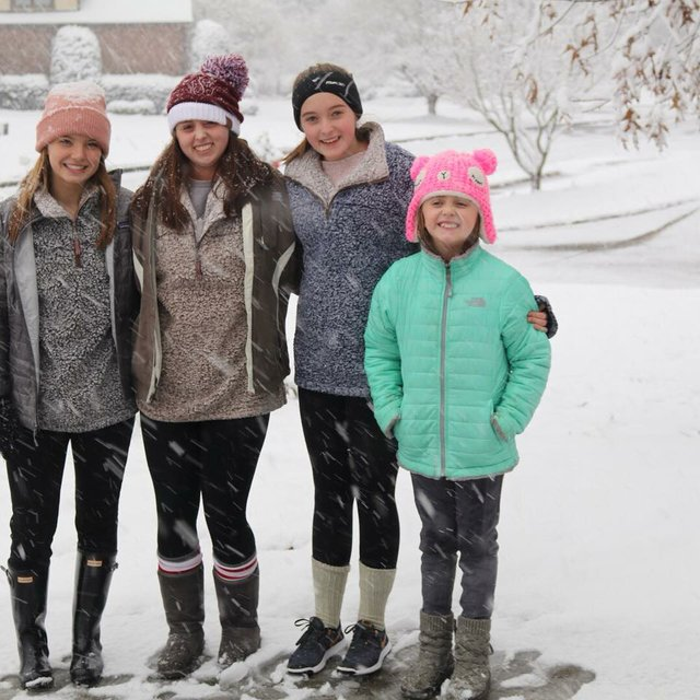 Greystone Cove snow 12-8-17