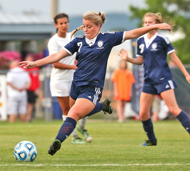 SPORTS_Briarwood-girls-soccer_SNF_9827.jpg