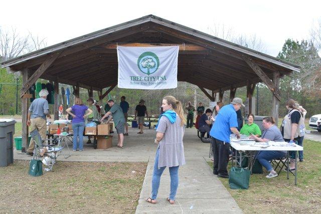 Chelsea Arbor Day 2018 - 9.jpg