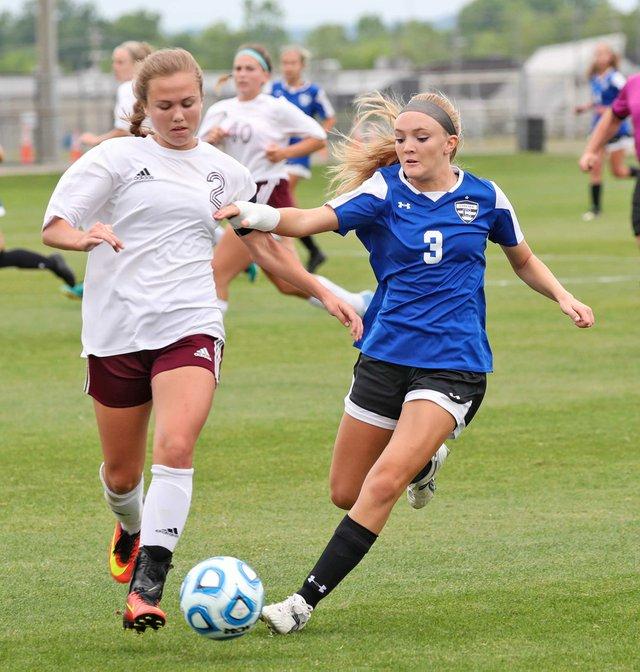 SPORTS-Chelsea-Girls-Soccer_SNF_1534.jpg