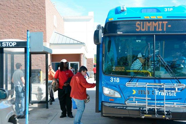 280-COVER-Bus3-73.jpg