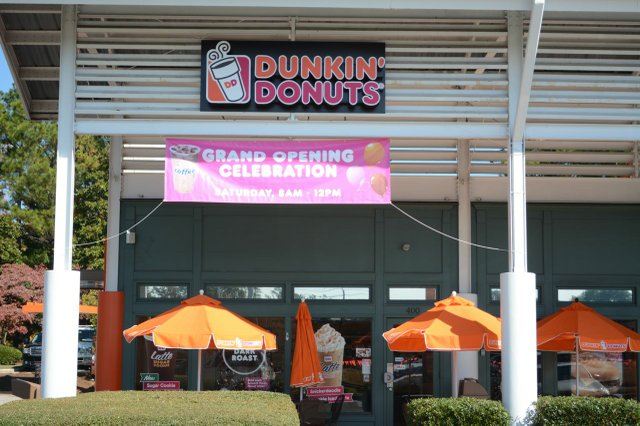 Dunkin' Donuts' grand opening