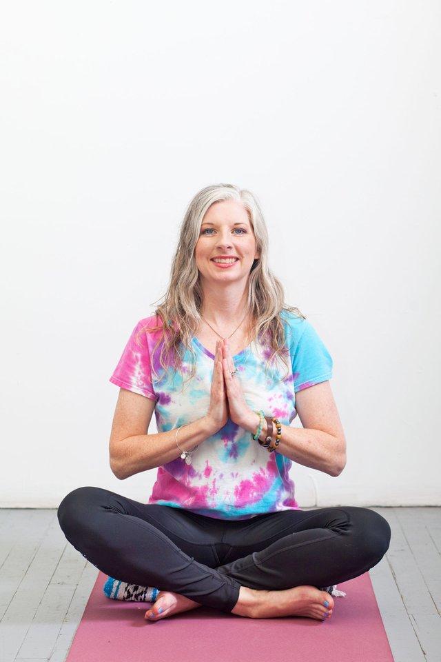 FEAT---Melanie-Sanders-Yoga.jpg