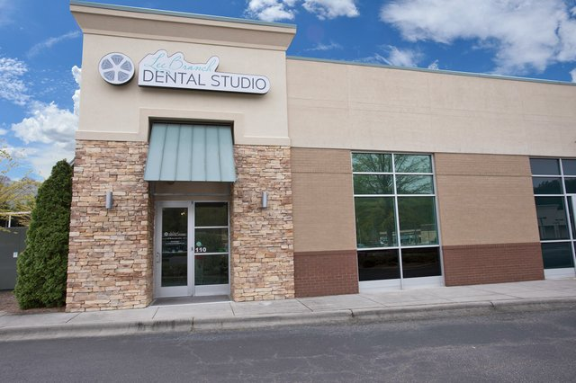 280-FEAT-lee-branch-dental2.jpg