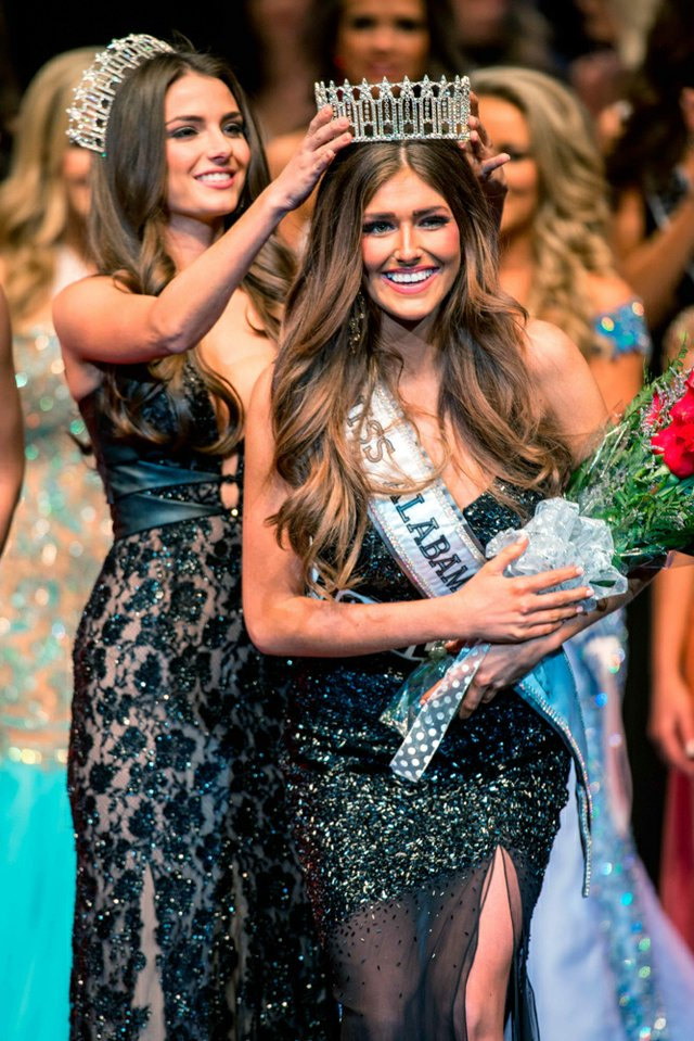 280-Feat.-Miss-Alabama-USA.jpg
