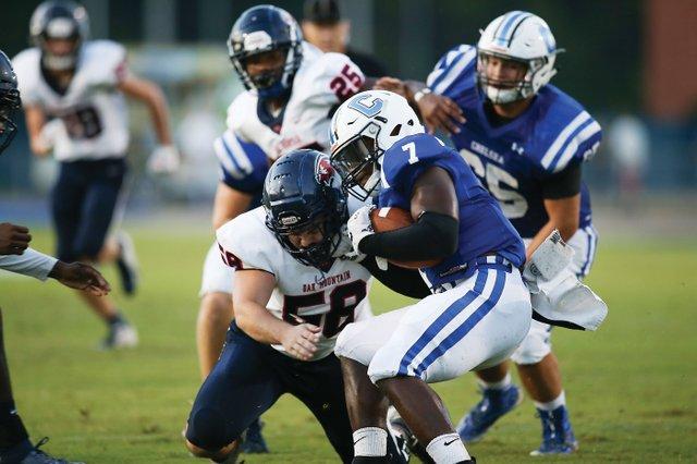 280-SPORTS-Oak-Mountain-football-2.jpg