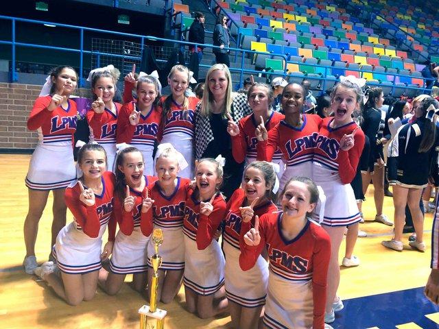 280-SH-LPMS-cheerleaders.jpg