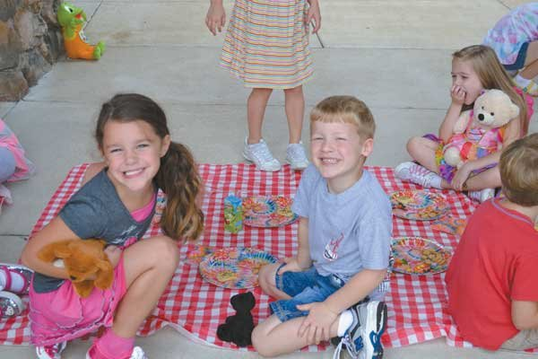 1012 Color Week at Mt Laurel Elementary