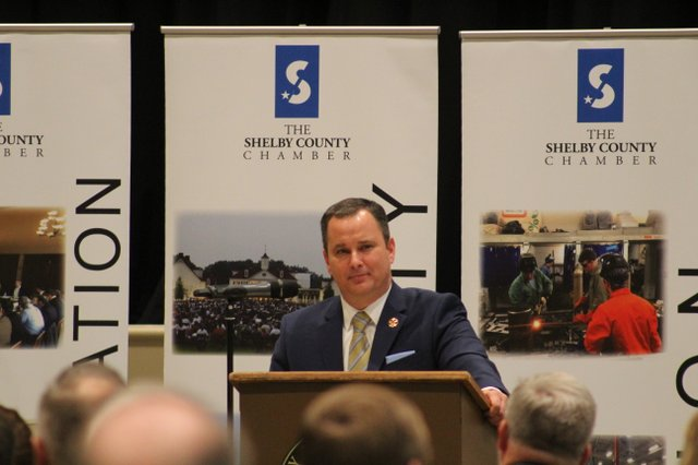 Clay Hammac addresses the audience at the Shelby County Chamber luncheon on Feb. 6.