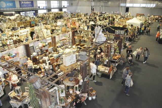 200227_Vintage_Market_Days11