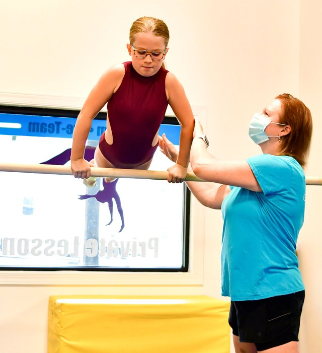 280-BIZ-Sara-Beth-Gymnasts-EN2.jpg