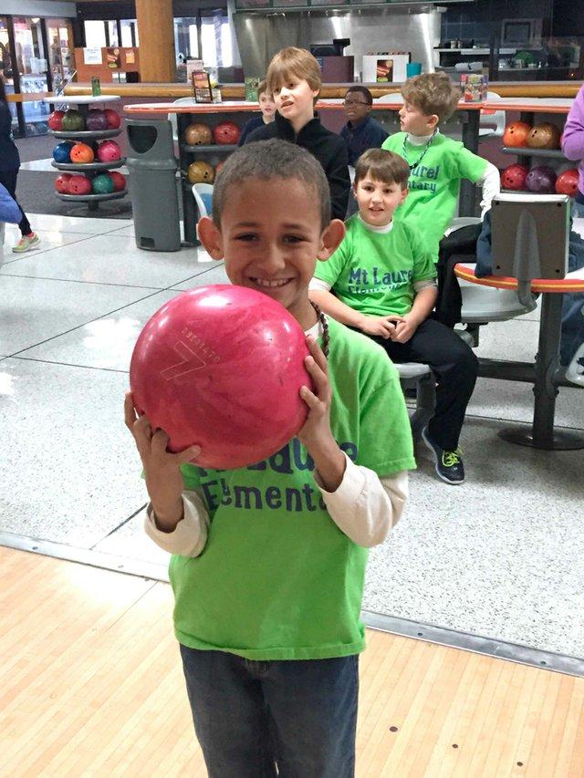 280-SH-Bowling2.jpg
