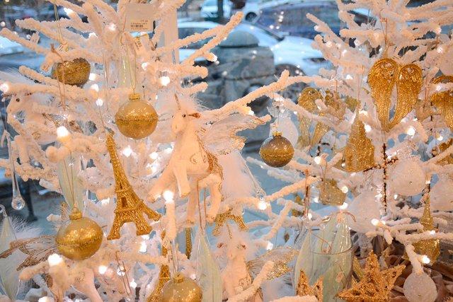 COMM---Briarwood-Christmas.jpg