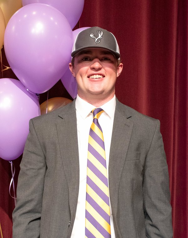 280-SPORTS-Signing-Day_CARSON MILLER.jpg