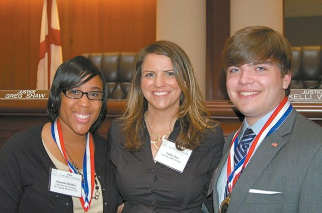 0712 SPHS students win law essay