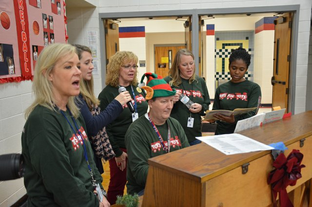 Toys for Tots-11.jpg