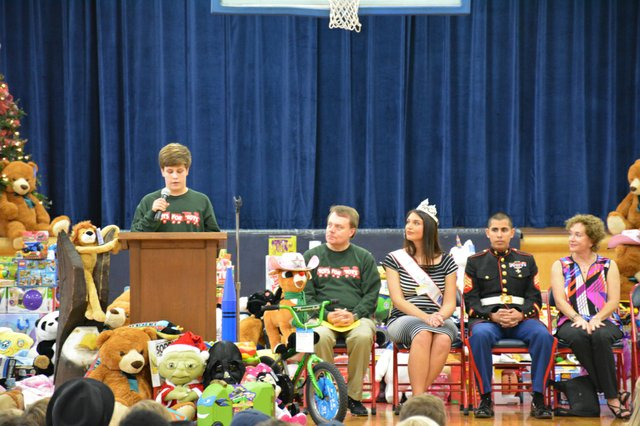 Toys for Tots-2.jpg