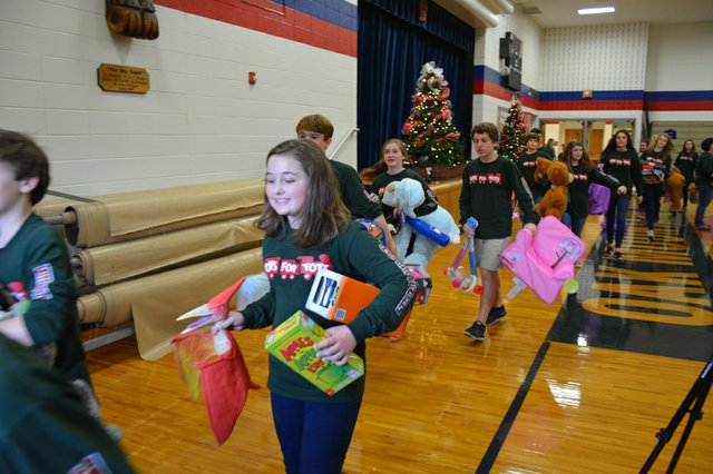 Toys for Tots-4.jpg