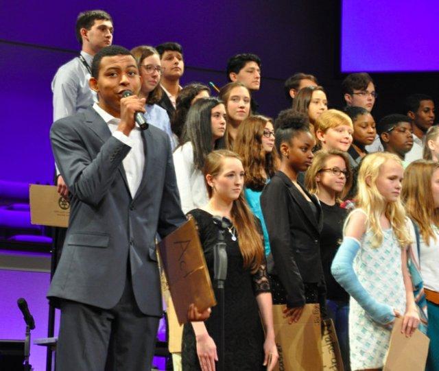 Hoover 2016 institute choir 2