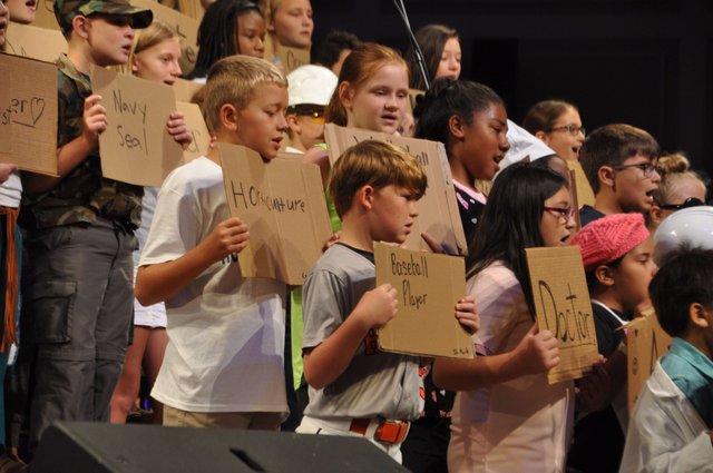 Hoover 2016 institute choir 3