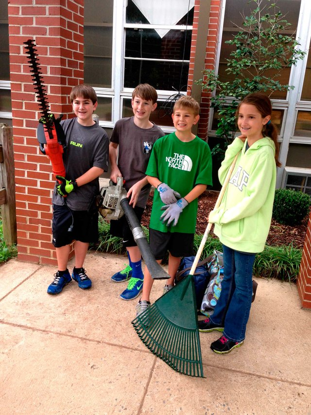 Chelsea Middle Serve Day students
