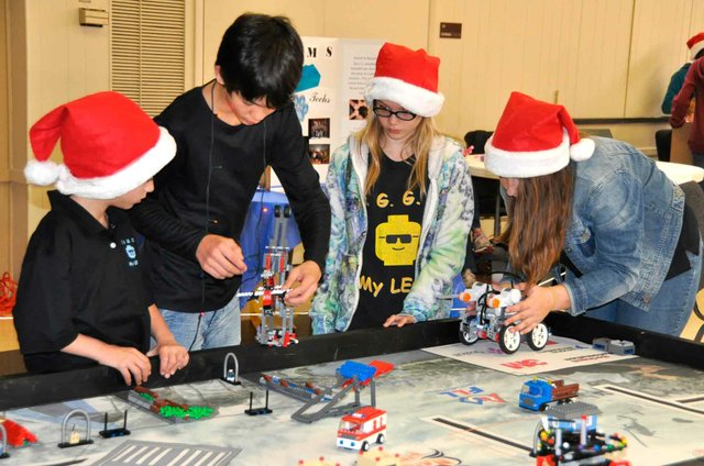 Stonecreek Montessori Academy EGGO My LEGO